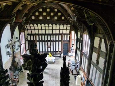 Tudor Houses, Britain, Lancashire, Rufford Old Hall, haunted houses, topiary