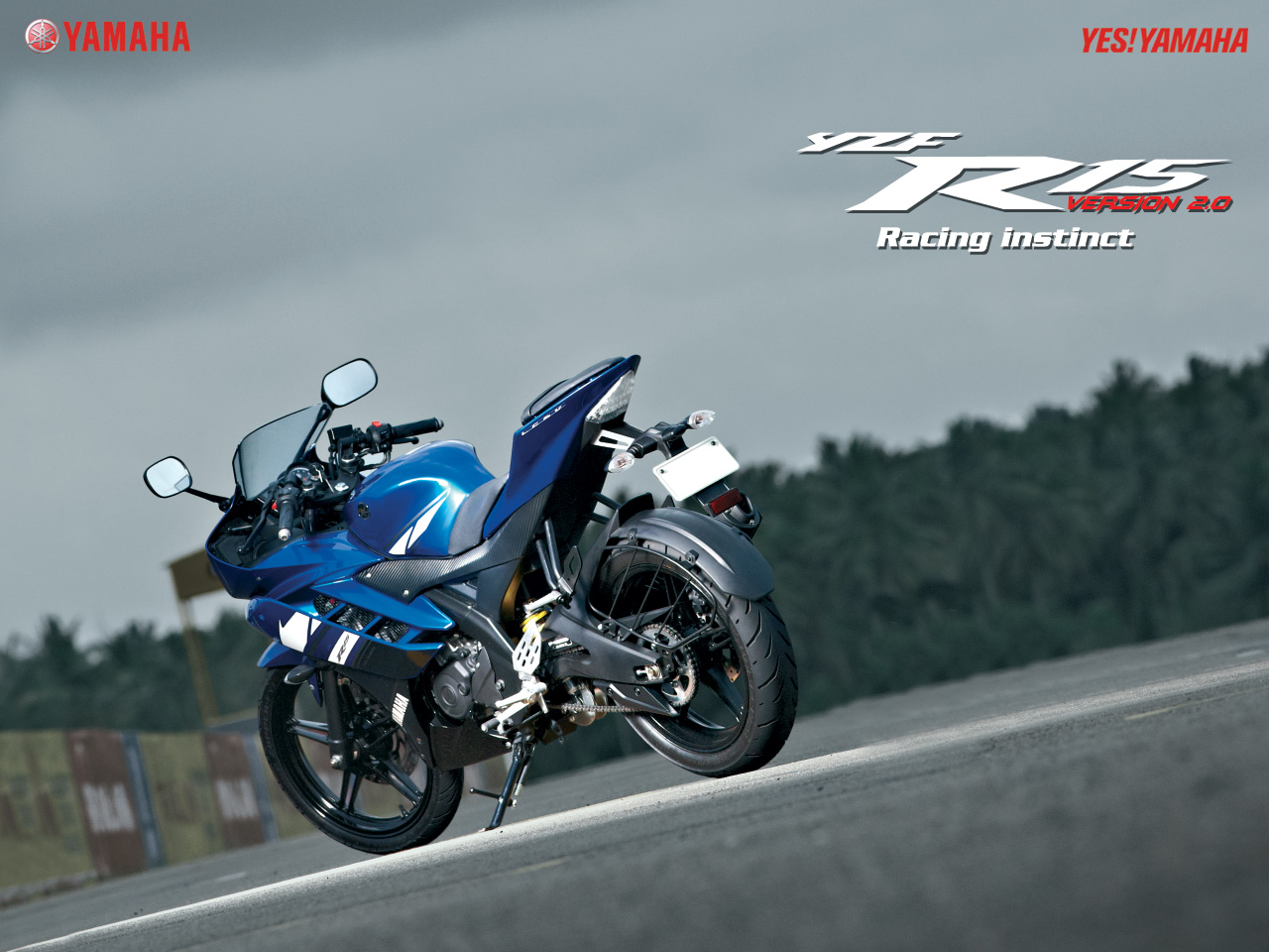 Yamaha fazer white blue images amp pictures becuo - Http 4 Bp Blogspot Com Hdcl9bk8nby Tmzehziayti