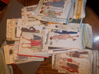 lot of sewing patterns sewplus.blogspot.com