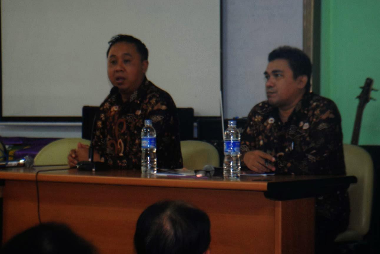 Dialog Kepala Sekolah dan Orang Tua Murid SMKN 22, Bangun Keterbukaan