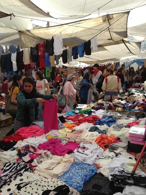 Beşiktaş Cumartasi Pazarı - بشيكتاش بازار السبت - اسواق اسطنبول