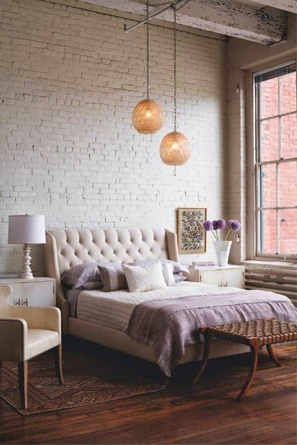 cama com Luminárias e Abajus