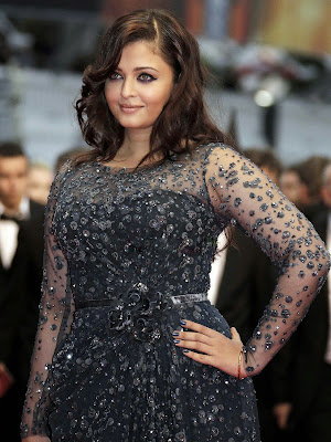Aishwarya Rai Smiley Images