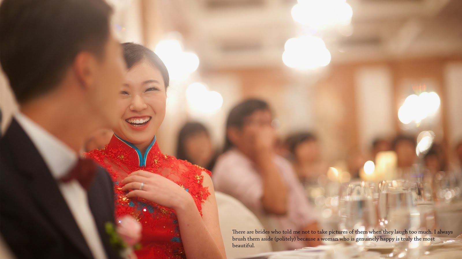 wedding photography singapore raffles laugh