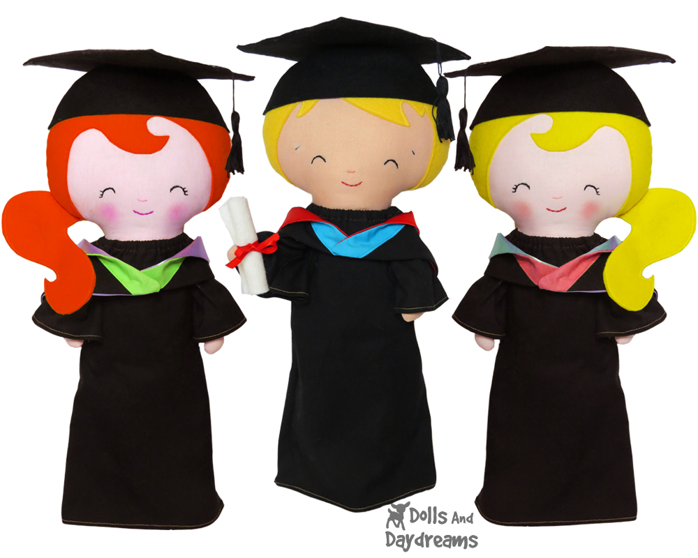 My New Graduation Doll Clothes Pattern is here! | Dolls And Daydreams