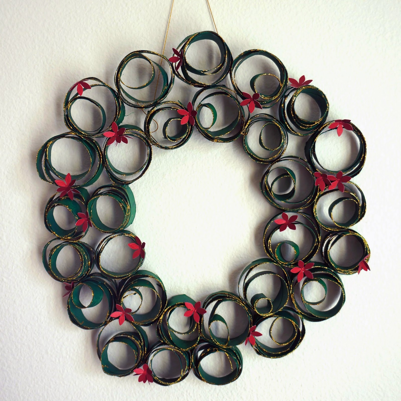 toilet paper roll christmas wreath 12142014