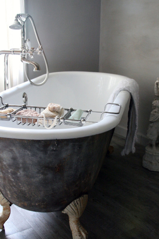 Clawfoot tub inspiration