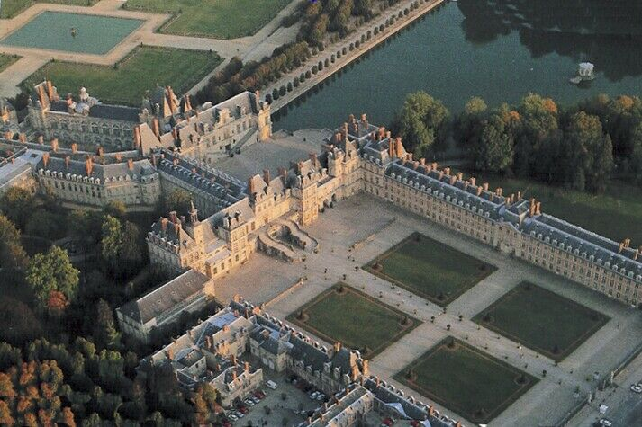 This Is Versailles Fontainebleau