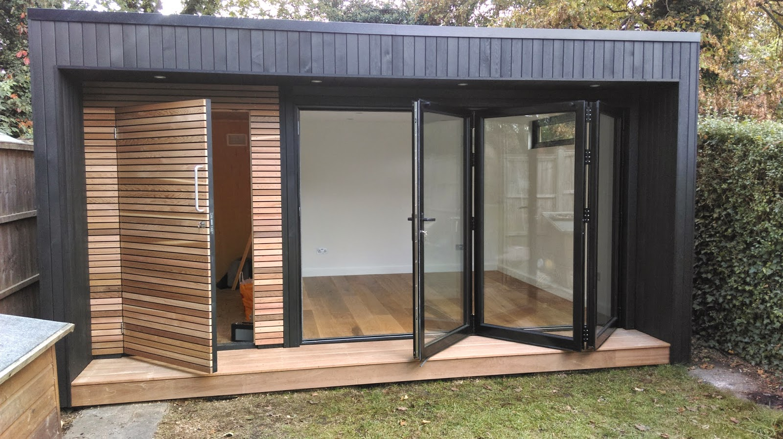 Cedar Bifold Garden Rooms
