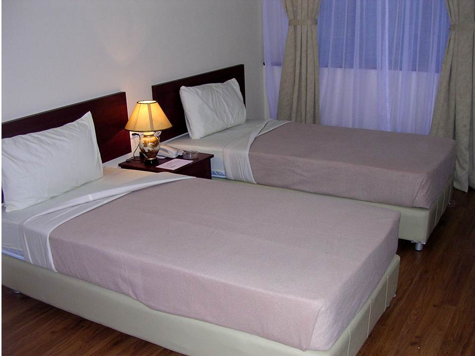 HOTEL SRI IMPIAN Bilik Penginapan Di JASIN
