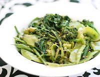 Salada de Brócolis, Ervilha-Torta e Vagem (vegana)