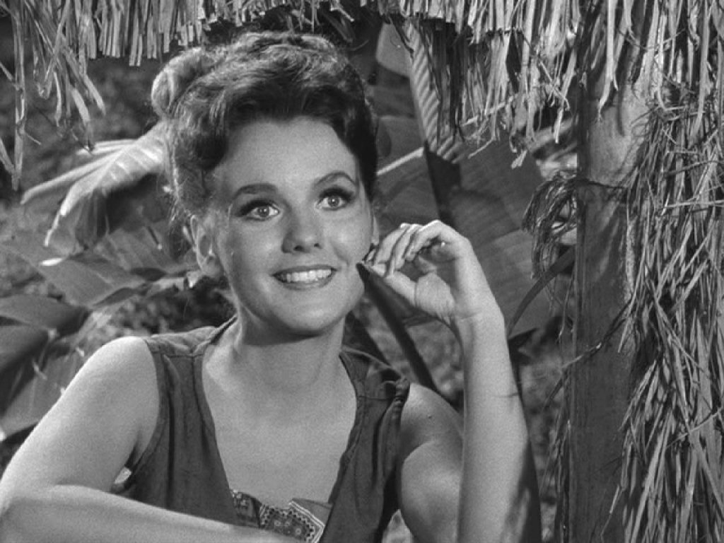 Dawn wells naked Posted by Rock Baker at 12:33 PM