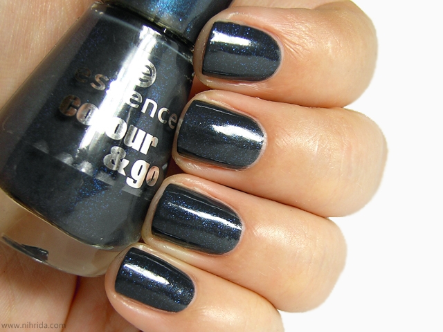 Essence Colour &amp; Go Nail Polish in Date in the Moonlight