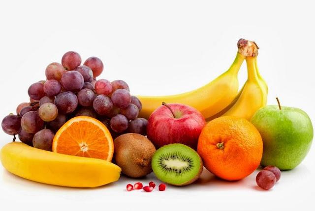 ¿Sabías que la fruta lo más sano y saludable es consumirla sin ningún otro alimento?