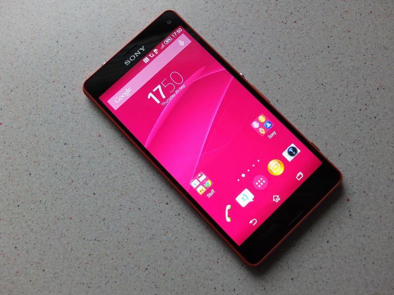 Xperia Z3 ve Z3 Compact Telefonlarında Çıkan Pembe Ekran Sorunu