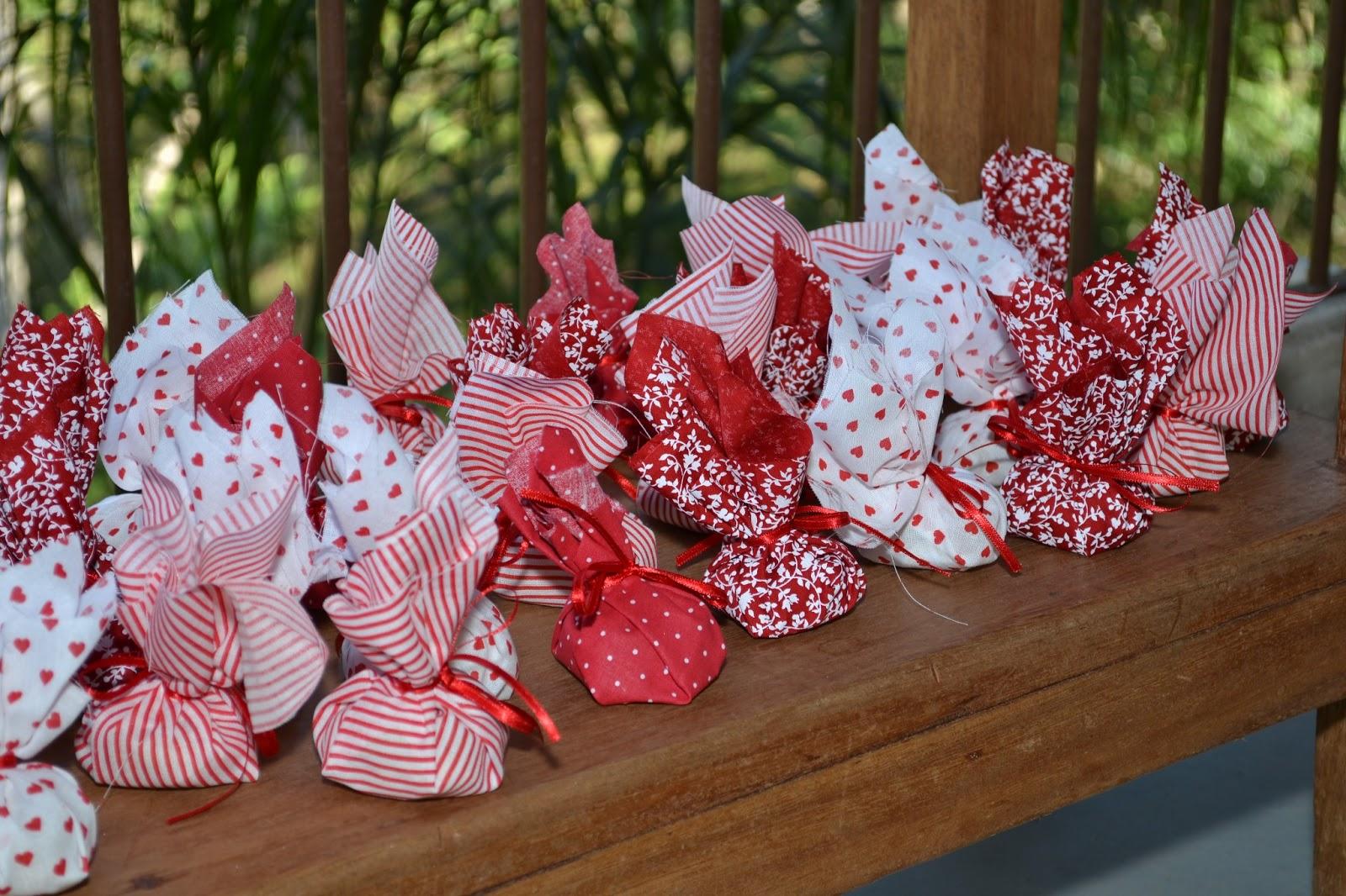 Dulcinéias e Madalenas Decoração de festas em vermelho