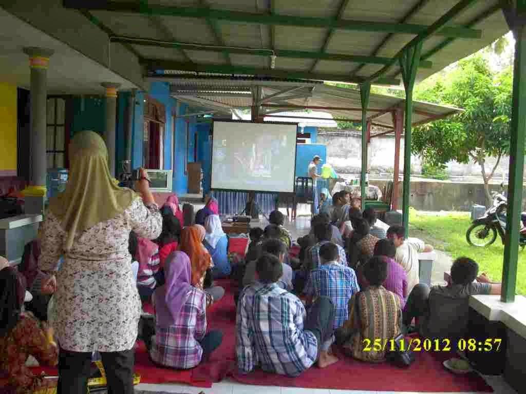 Kampung Inggris atau English Village di Pare Kediri Jawa Timur