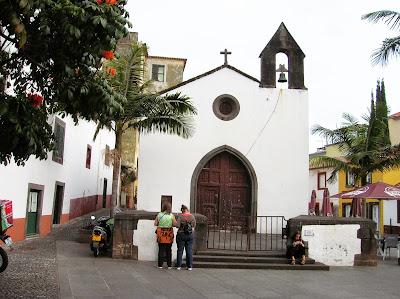 Capilla del Corpo Santo, Funchal, Madeira, Portugal, La vuelta al mundo de Asun y Ricardo, round the world, mundoporlibre.com