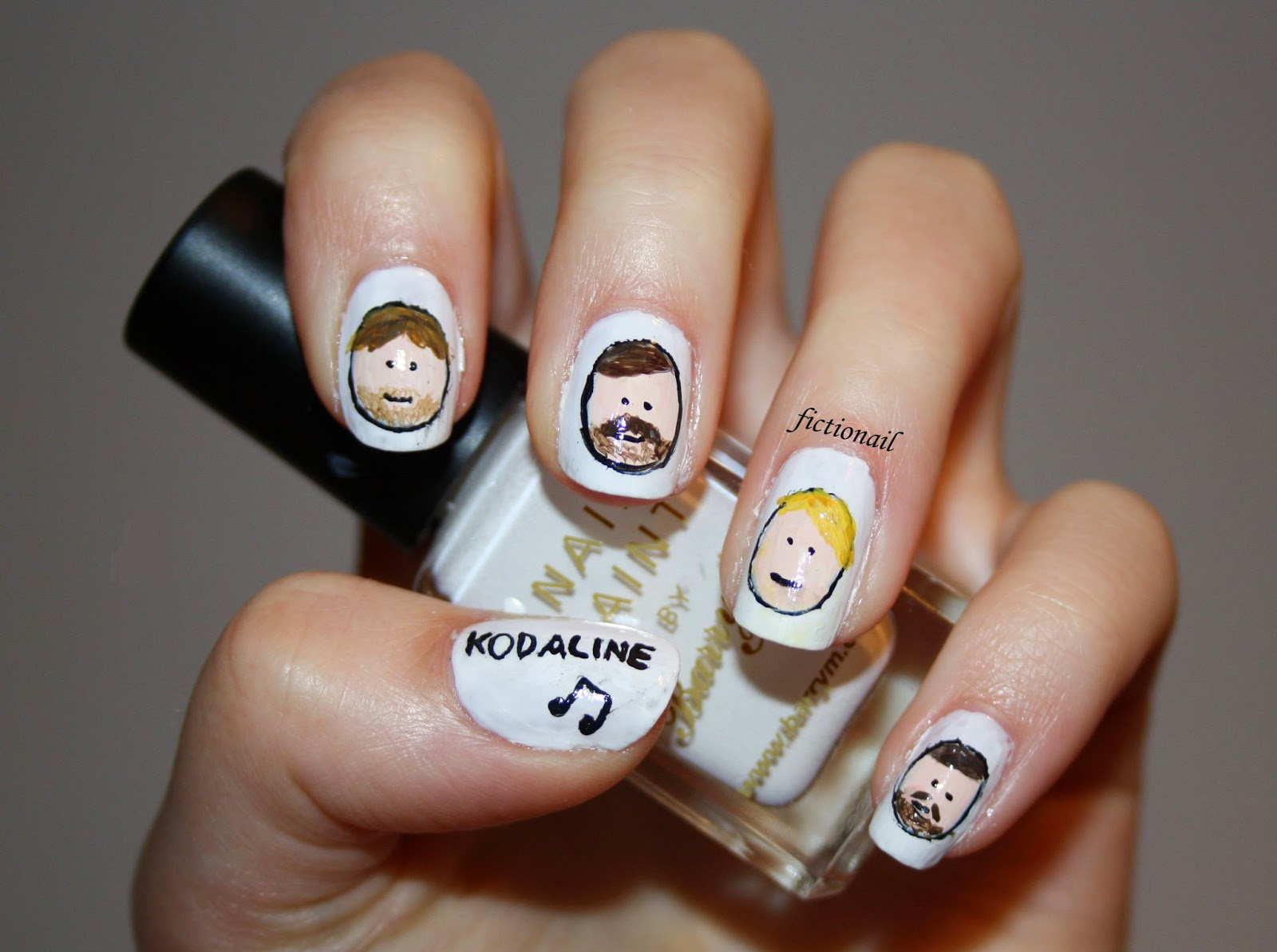 Line Art Nails : Kodaline nails with tutorial