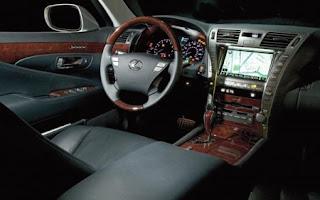 http://4.bp.blogspot.com/-HfsckzOl_Ns/TxOtS8zJxdI/AAAAAAAAAcw/Ohh1y5aeuuM/s320/2007-Lexus-LS-460-Satnav-Image-450x281.jpg