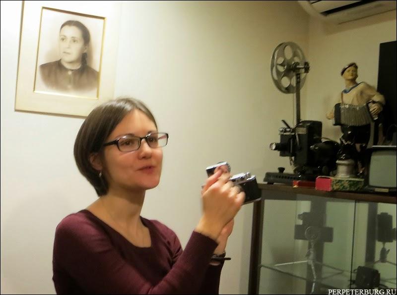 Камера для шпионов - мини-фотоаппарат в Музее истории фотографии Петербурга