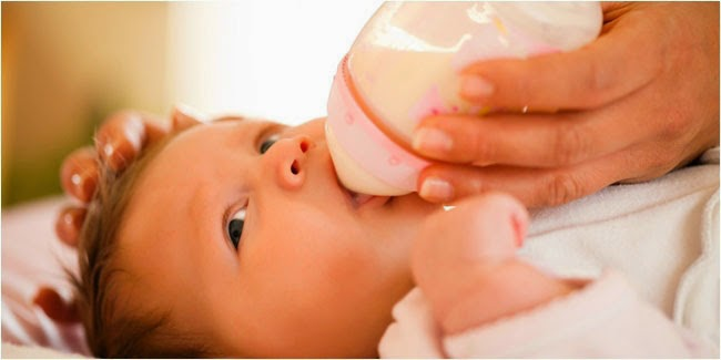 What Should You Consider When Using Milk Bottles For Your Baby?