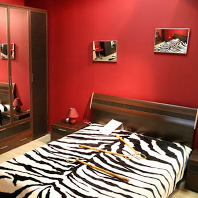 Interior design decorating ideas 12 red bedroom ideas and for Red master bedroom designs