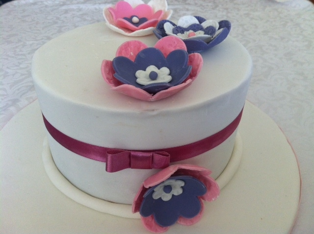 Whimsical Cakehouse Foundation I Cake Decorating Class ...