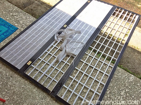 While They Snooze DIY Outdoor Privacy Screen