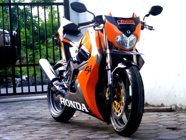 modifikasi motor honda cs one terbaru street fighter modifikasi motor title=