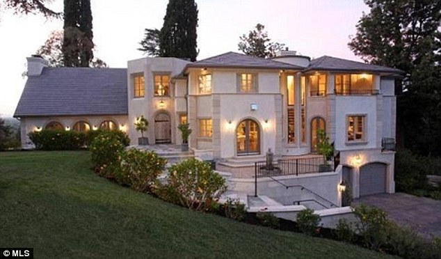 Homes Of The Rich And Famous Former American Idol Judge