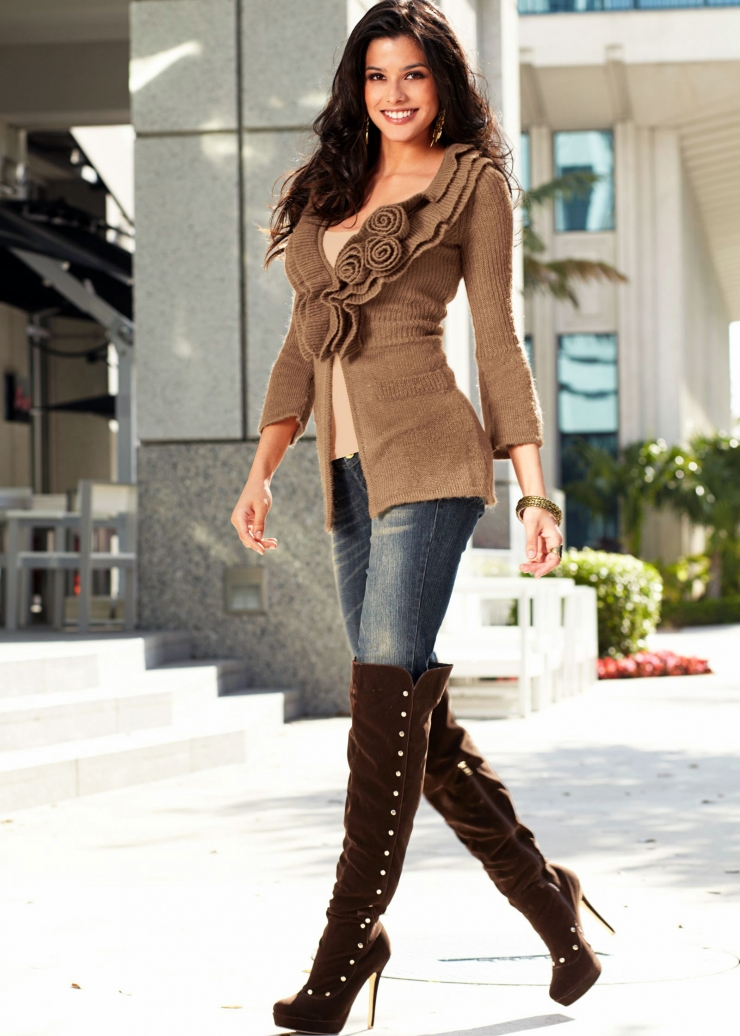 Fashion Styles, Fashionable Boots, Women'S2 Boots, Boots Fashion, Jeans, Casual Outfits, Womens Boots Outfits, Womans Boots, Boot Outfits