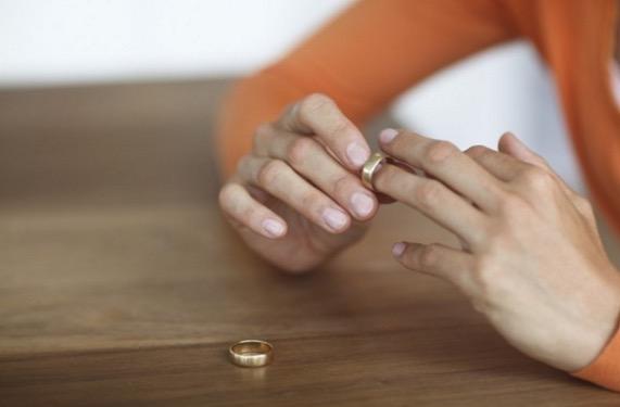 Faktor Utama Berlaku Perceraian di Malaysia Adalah Masalah Kewangan