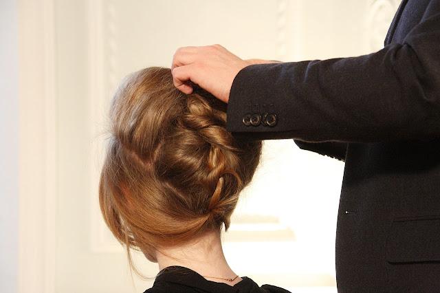 اسباب تساقط الشعر بغزارة  عند النساء