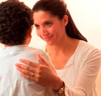Menahan Emosi Saat Memarahi Anak