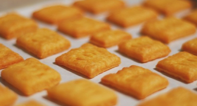 Homemade Cheese Crackers (Cheez-its)