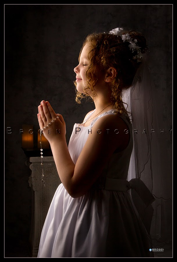 Burlington MA, First Communion Portraits, Senior Portraits, Executive Portraits, Sports Portraits, Youth Sports Portraits, Youth Sports Pics, Senior Pics, Family Portraits