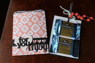 http://www.stampedtreasures.com/2014/12/mini-treat-bag-thinlit-by-stampin-up.html