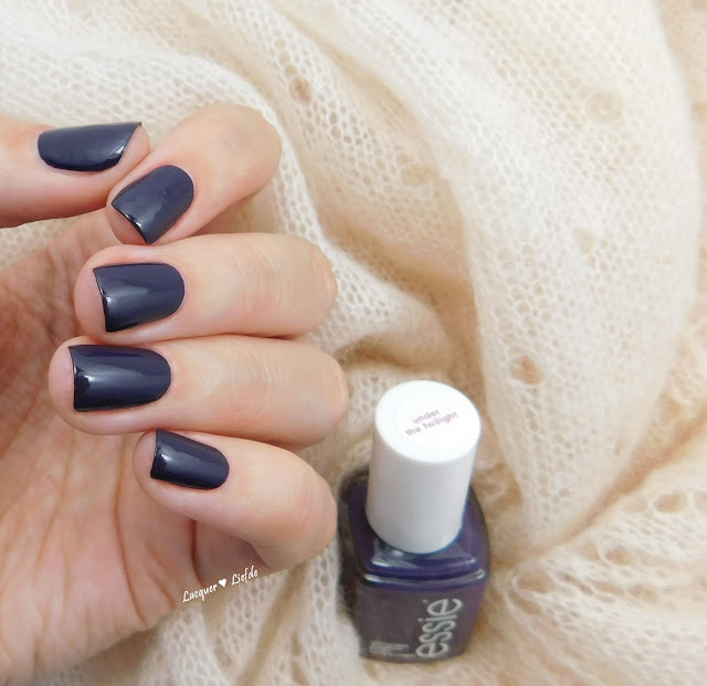 Essie Under the Twilight - #Fall in Essie Love
