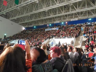 4500 de spectatori