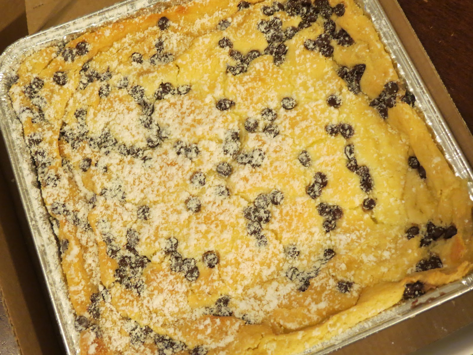 """Saint Louis Adventures: Gooey Butter Cake """"Food Feuds"""" and ..."""