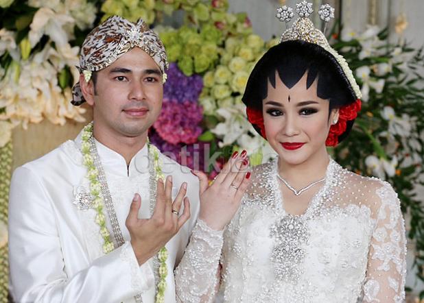 foto foto pernikahan nagita slavina dan raffi ahmad