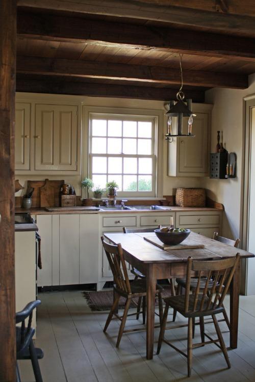 sweet little kitchen table pinterest. Black Bedroom Furniture Sets. Home Design Ideas