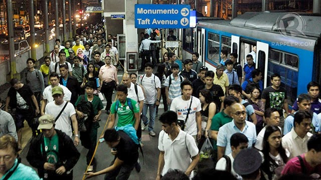 MRT Commuters Stranded, MRT problems, MRT stopped, MRT