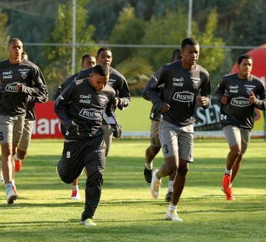 Selección ecuatoriana vuela a Barranquilla