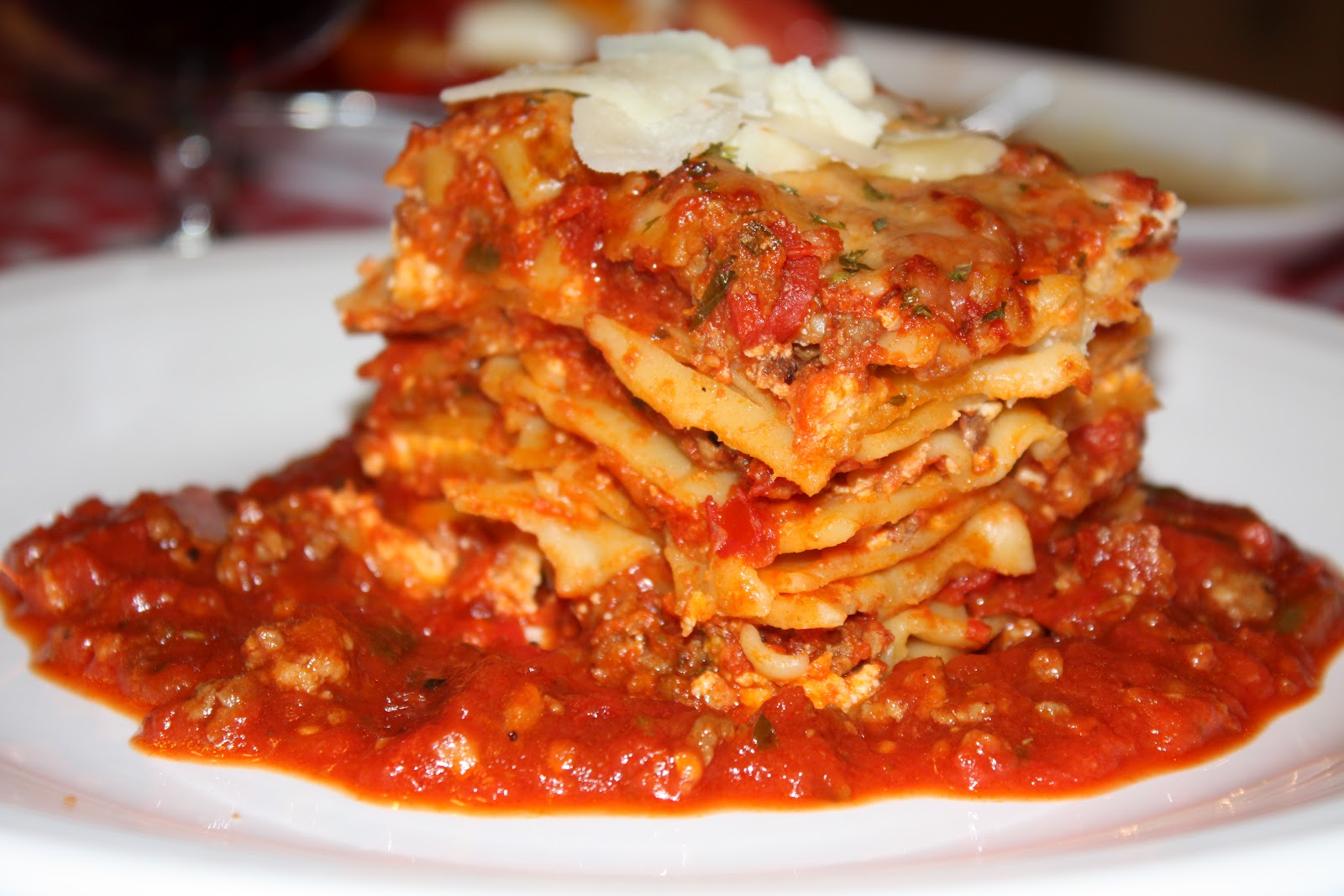 Fleur de Lolly: Three Meat Five Cheese Lasagna