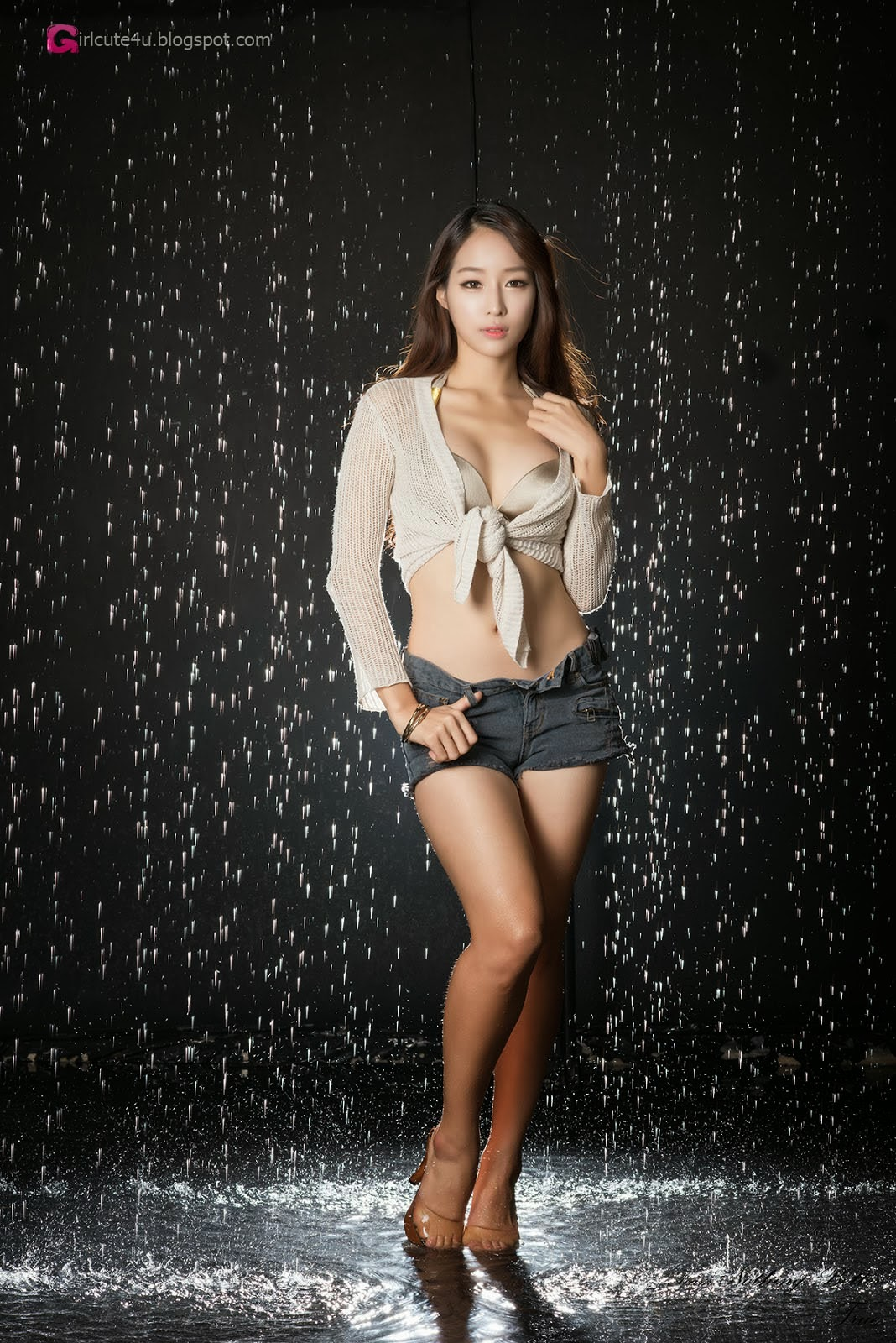 Girls wet mobile pics 7