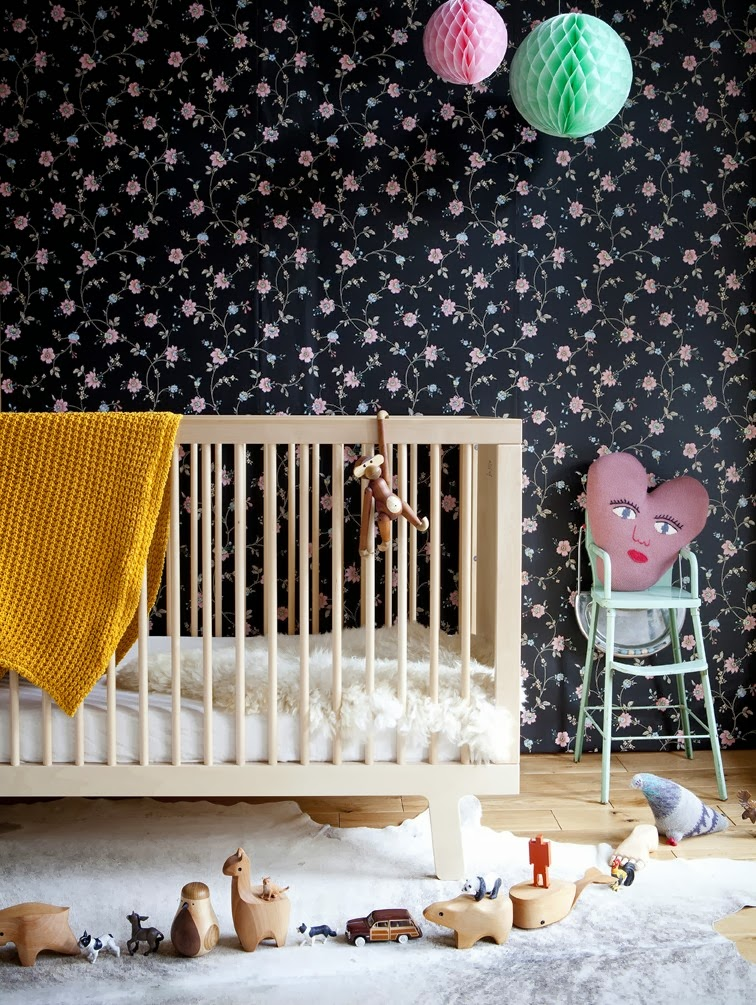 Cancion Infantil Baño De Burbujas:Dark Flower Wallpaper Bedroom