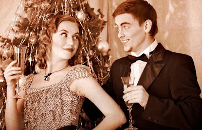 It's Party Time! How To Enjoy Festive Flirting ??!!