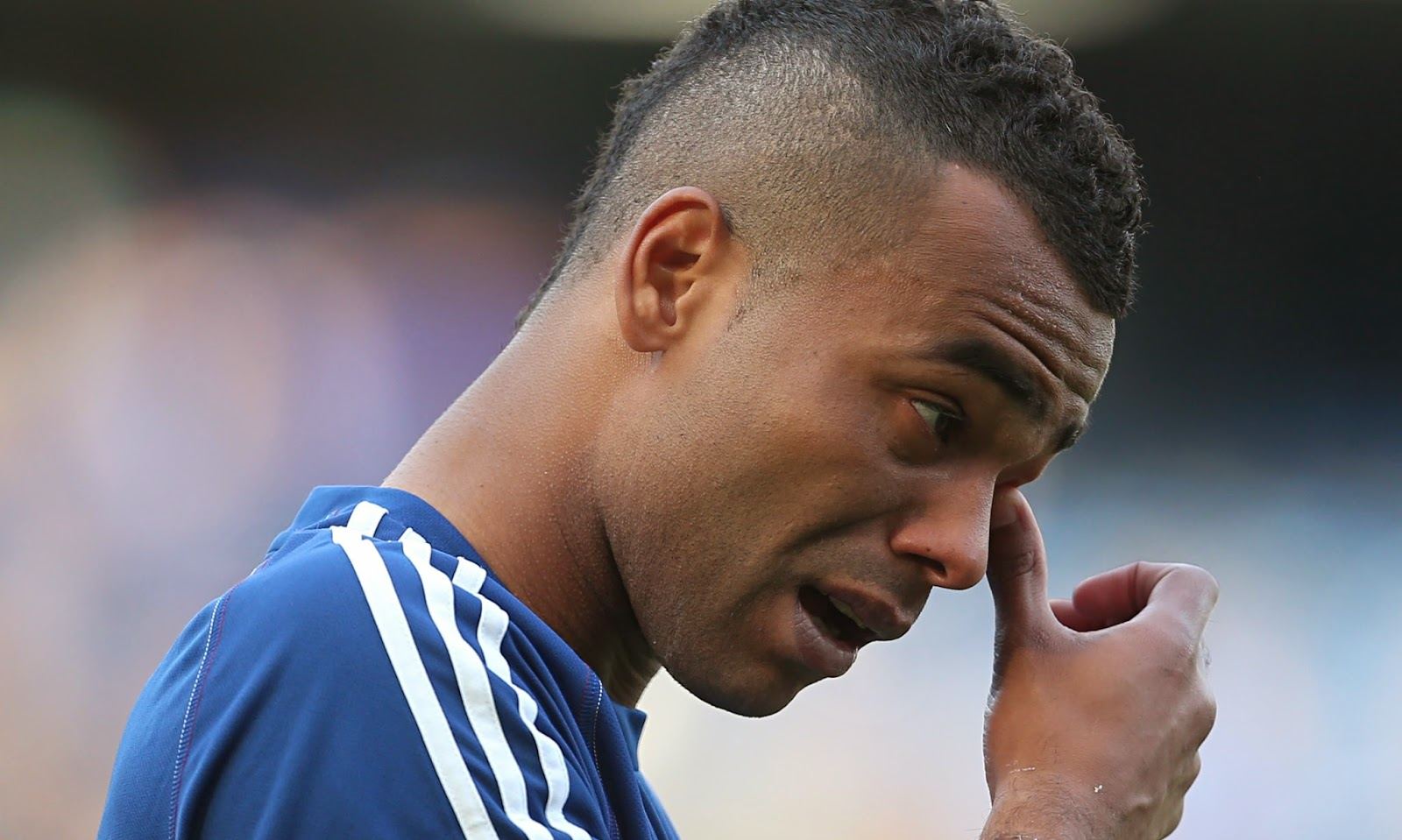 BREAKING NEWS Ashley Cole confirms Chelsea exit